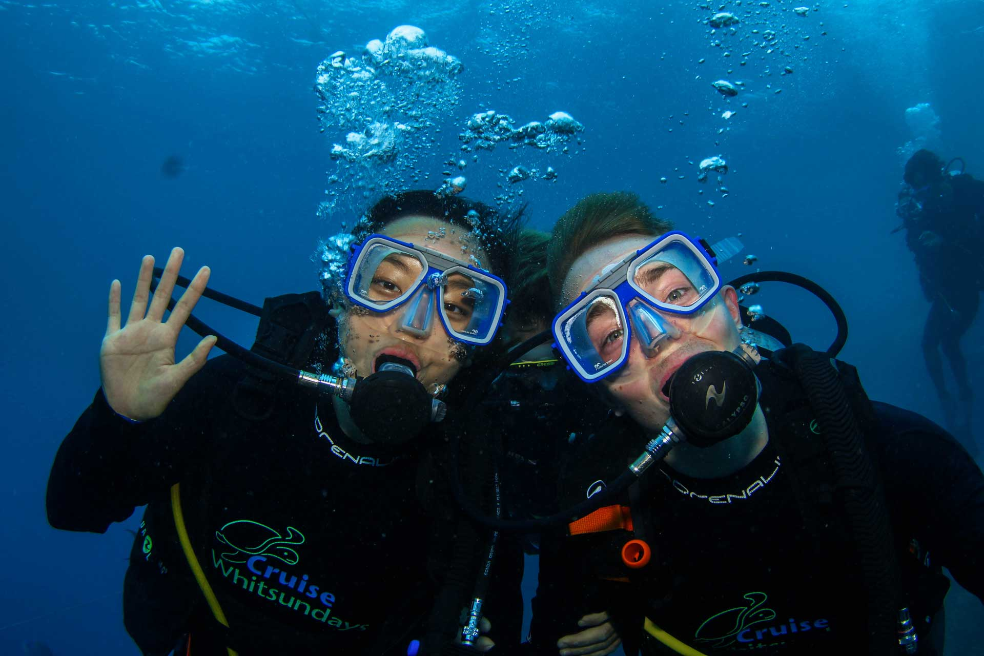 Leonie and Mattias scuba diving at the Great Barrier Reef