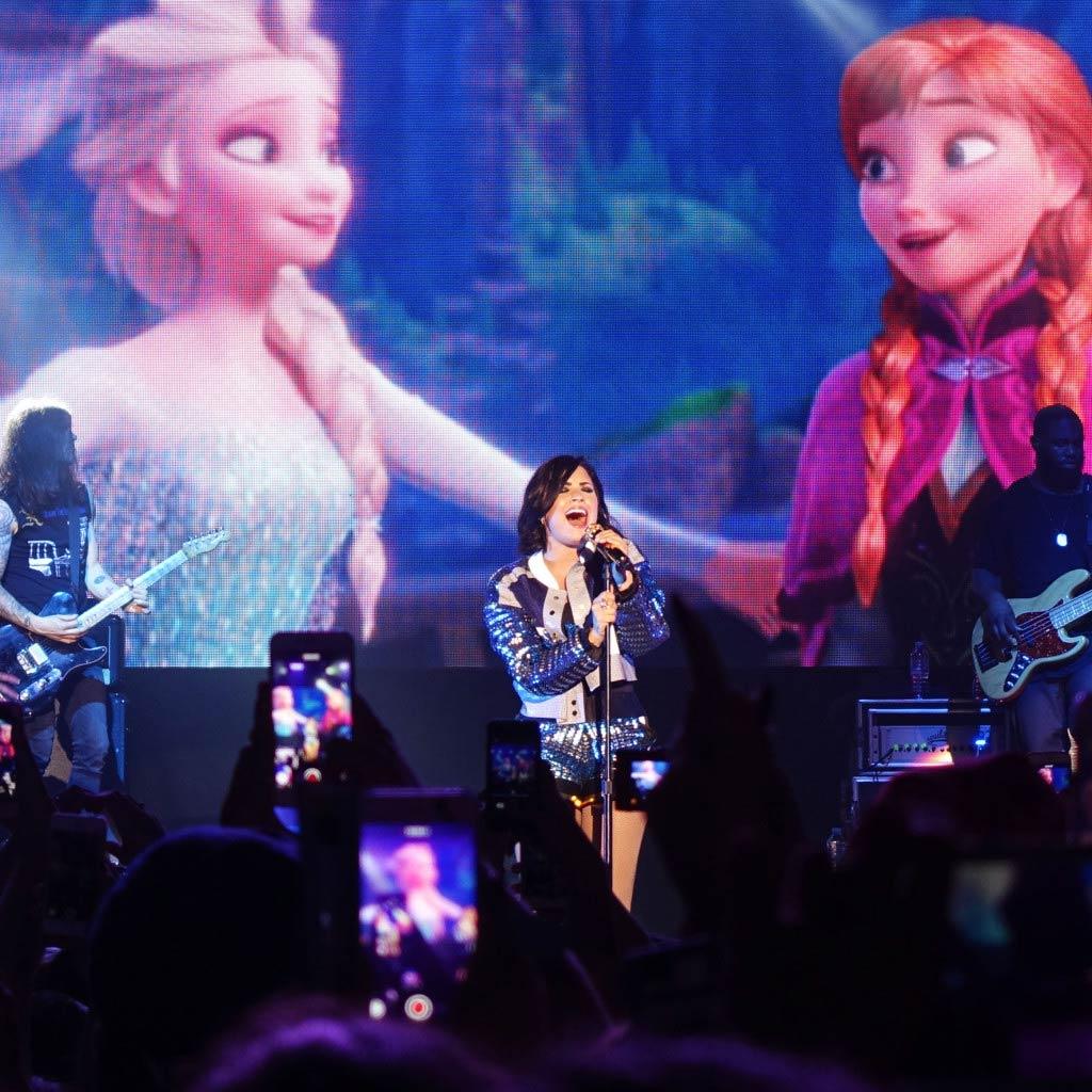 Demi Lovato Live
