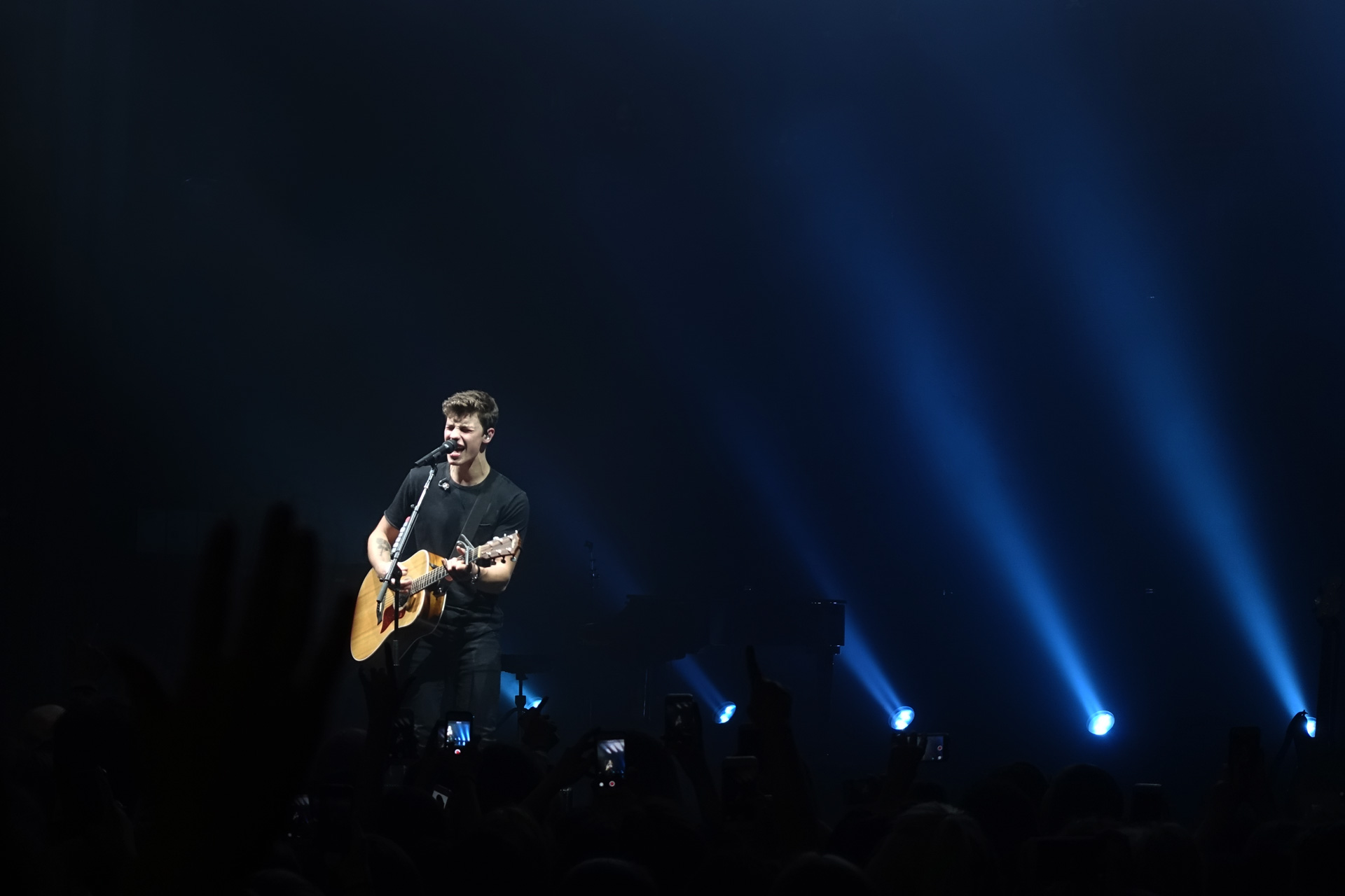 Shawn Mendes Enmore Theatre Sydney